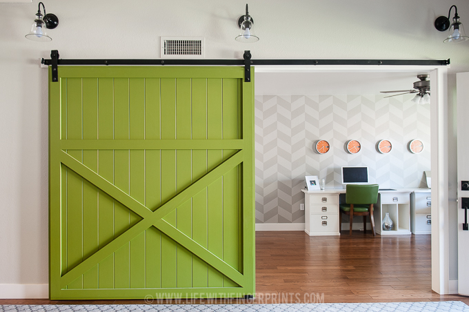 Life With Fingerprints offers a handy step by step guide to make this sliding door.