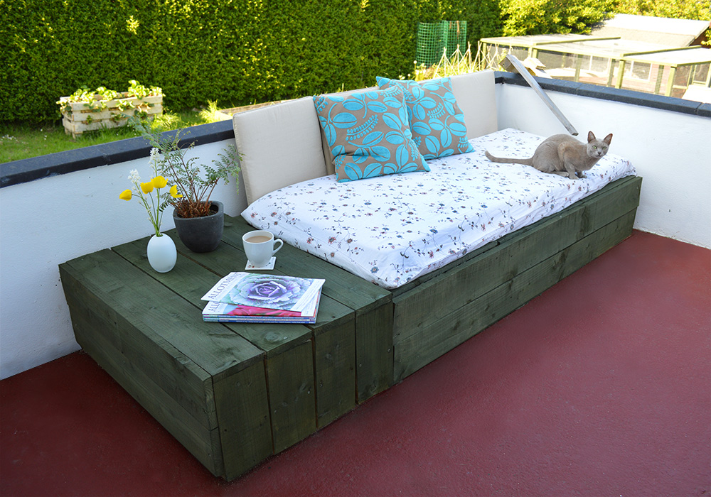 Pallet Day Bed