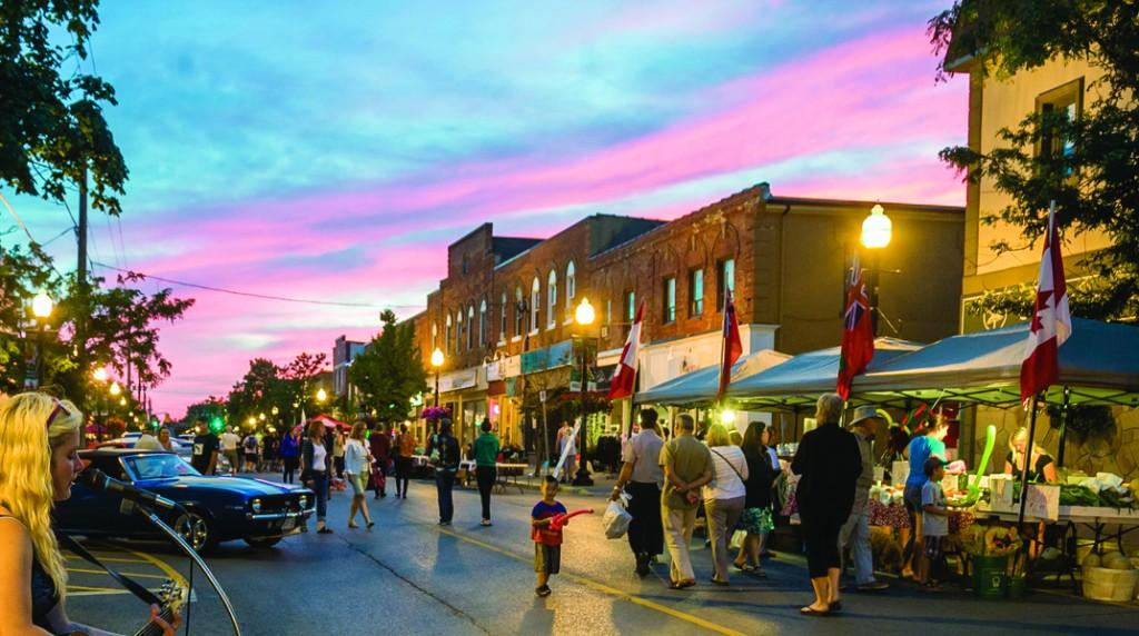 When the sun sets, Main Street heats up!
