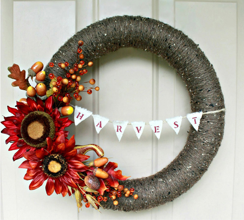 Believe it or not this wreath was created using a pool noodle