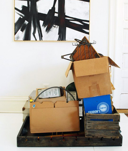 Check out these tips on where to find moving boxes free of charge!