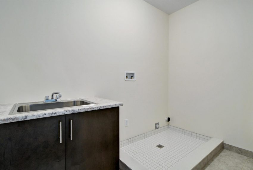 Basement_Bathroom
